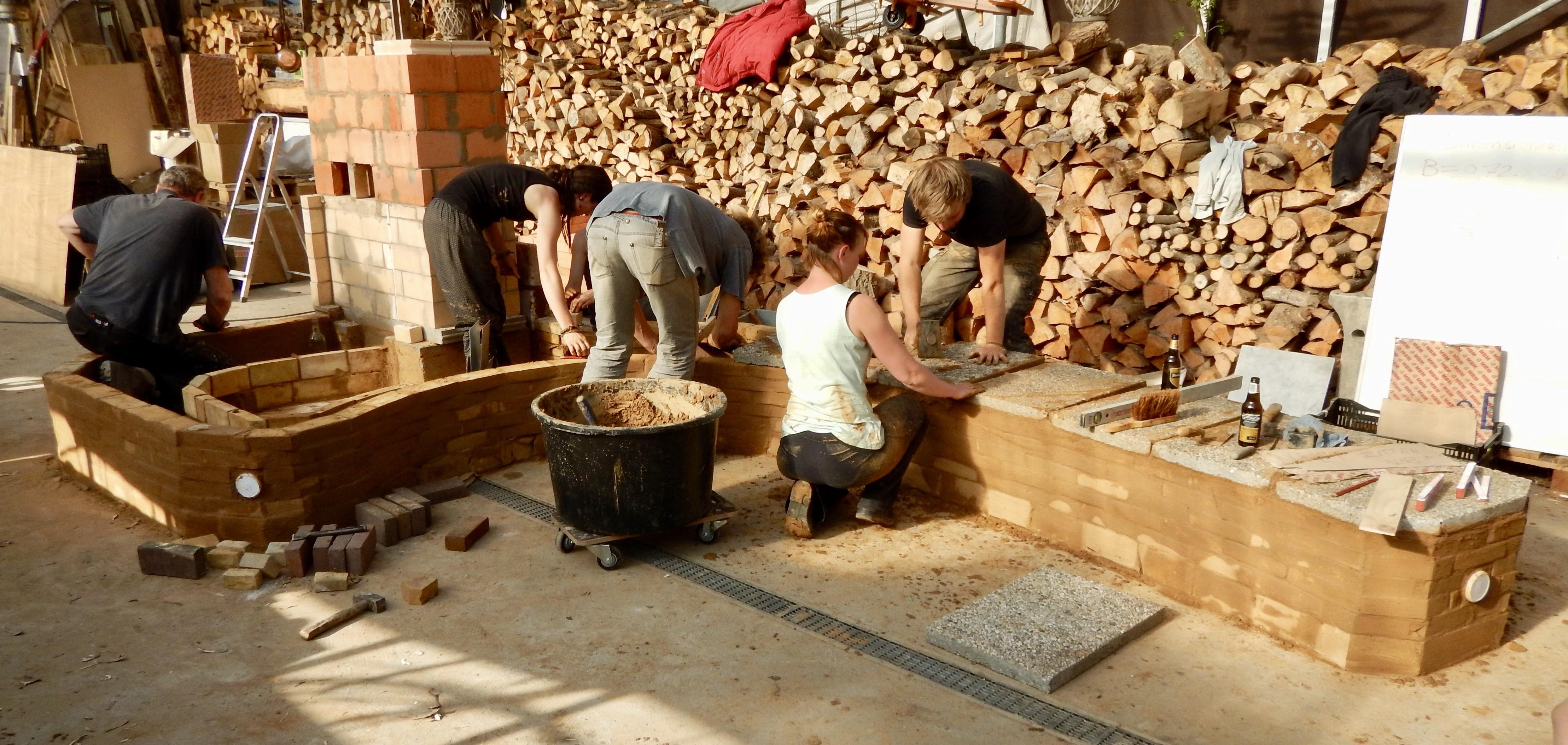Workshop Rocketstove leemkachel bouwen